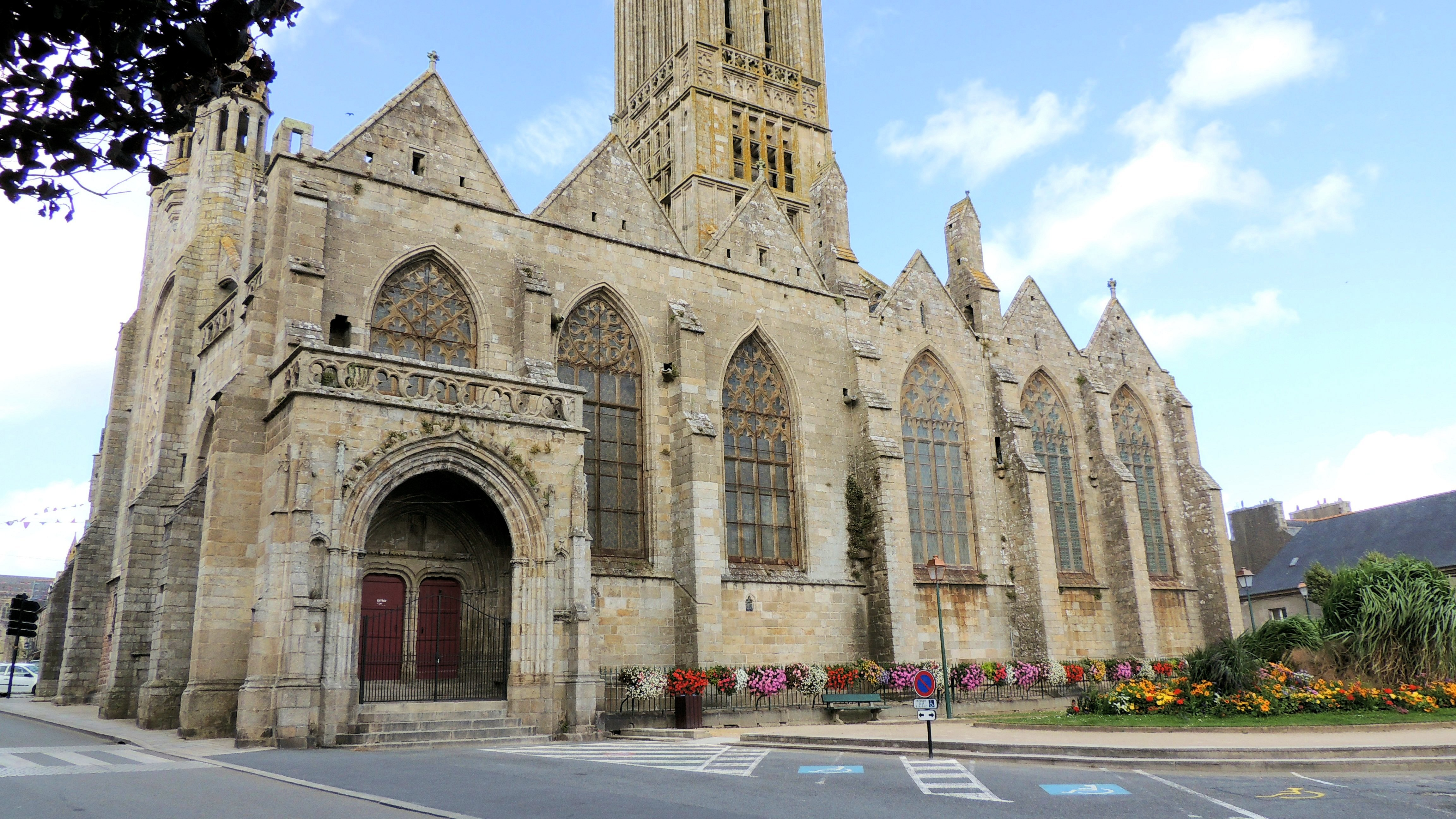Façade Sud de Notre-Dame du Kreisker
